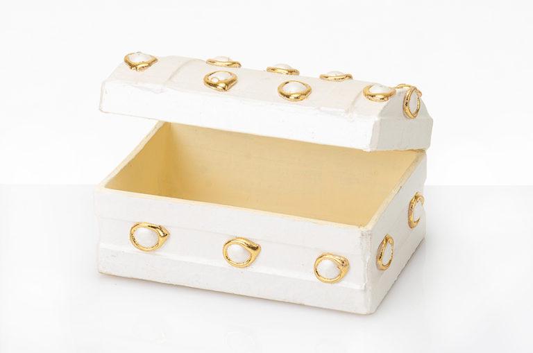 Geschenktruhe gold